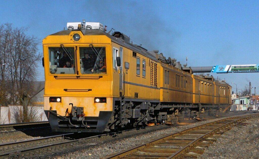 Рельсошлифовальный поезд